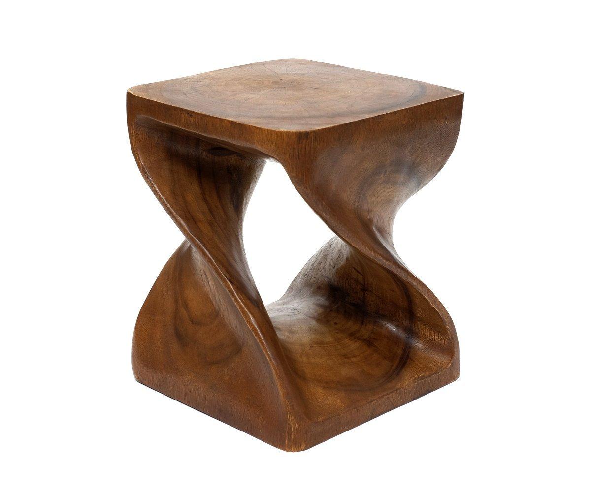 Sgabello in legno u comodino con design ritorto u tavolino