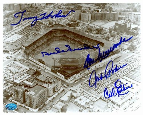 Ebbets Field 8x10 photo autographed by Brooklyn Dodgers Duke Snider, Carl Erskine, Tommy Holmes, Don Newcombe, Johnny Podres (Image #3)