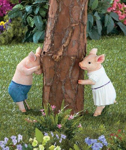 hide-seek-pig-statue