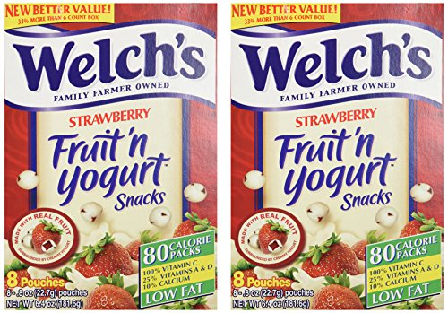 Welch's Strawberry Fruit'n Yogurt Snacks 8 Pouches (2 Pack - 16 Pouches Total) (Blueberry Yogurt Covered Raisins)