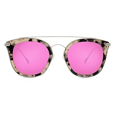 a83ee530cdbc Amazon.com  Diff Eyewear  Zoey - Designer Cat Eye Sunglasses - 100 ...