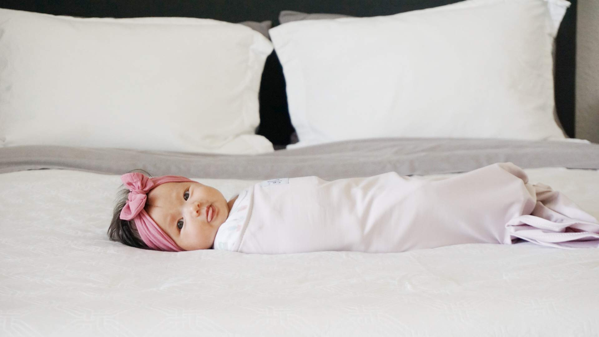 The Ollie Swaddle (Lavender) - Helps to Reduce The Moro (Startle) Reflex - Made from a Custom Designed Moisture-Wicking Material-No overheating-Size Adjustable for All Months of Babies by The Ollie (Image #6)