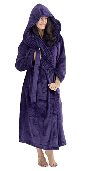 170c1e06b8 CityComfort Ladies Dressing Gown Fluffy Super Soft Hooded Bathrobe for  Women Plush Fleece Perfect for Spa Gym Loungewear Long Robe  Amazon.co.uk   Clothing