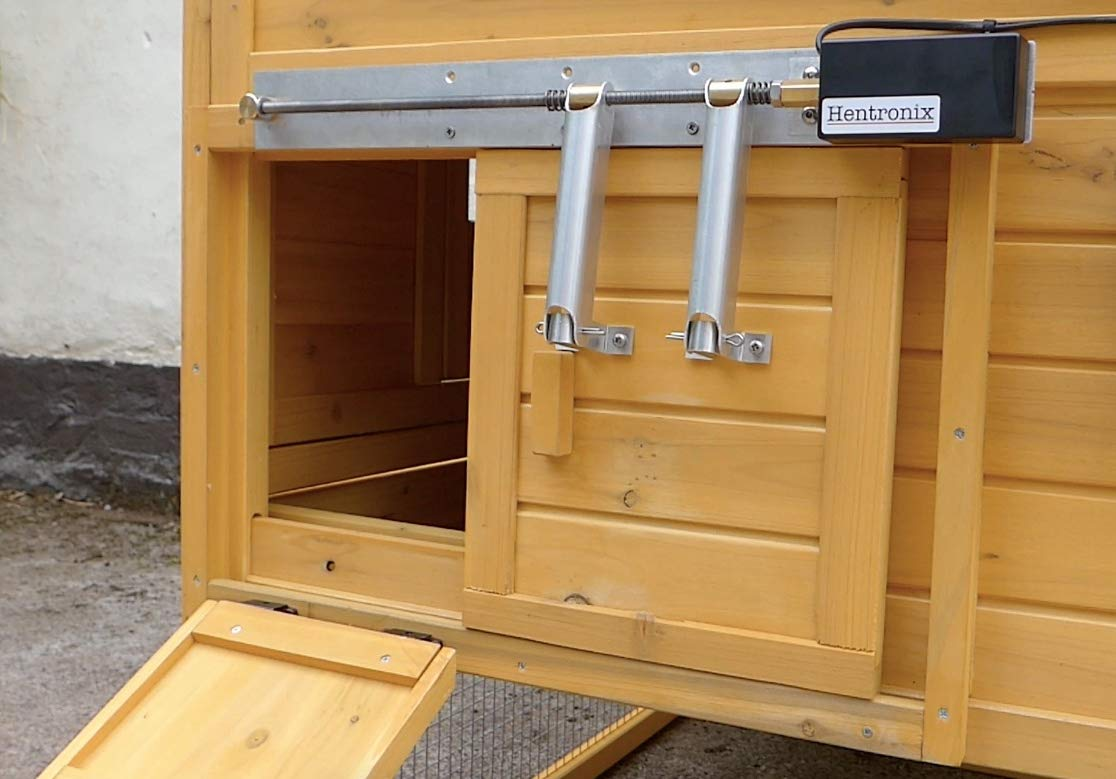 Automatic Opener Closer For Sliding Horizontal Chicken Coop