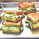 pre packaged meals - Spinach Pesto Grilled Cheese by Chef'd (Dinner for 2)