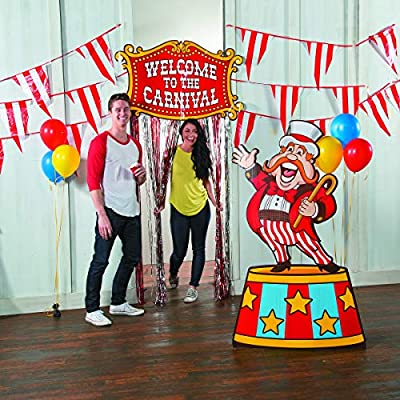 Fun Express Red & White Pennant Carnival Banner (100 feet long) Event Supplies: Toys & Games