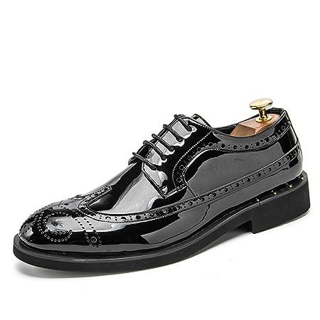 209f6bec5fd3 Sunny Baby Herren Business Oxford Casual Fashion Persönlichkeit Retro  Gravierte Bunte Lackleder Brogue Schuhe Abriebfeste (Color   Gold, Größe    46 EU)  ...