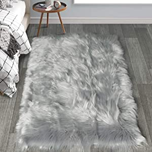 HAOCOO Faux Fur Sheepskin Rug Fuzzy Fluffy Rectangle Light Gray Area Rugs 4' x 5' Kids Carpet for Bedroom Living Room Floor Or Across Your Armchair Sofa Couch