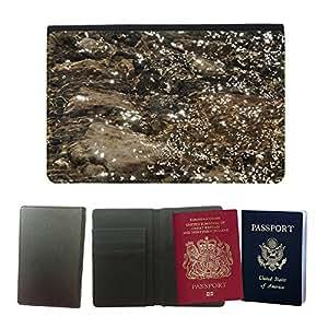 Couverture de passeport // M00151764 Agua Riachuelo Río Transparente // Universal passport leather cover