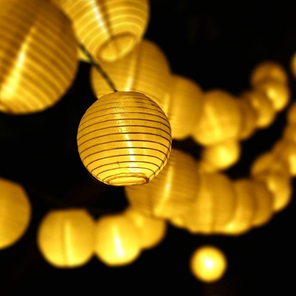 Samoleus Luz de Linterna China Cadena 15,74 ft 4,8 M 20 LED de 2 Modos Impermeable Solar de Navidad Luces Cadena al Aire Libre, Jardines, Partido, Casa, Boda, Vacaciones (Blanco cálido) [Clase de eficiencia energética A+++]
