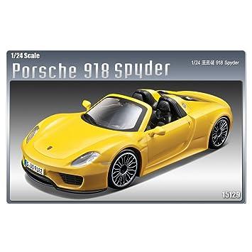 1 24 Porsche 918 Spyder 15129 Academy Model Kits Amazon Co Uk