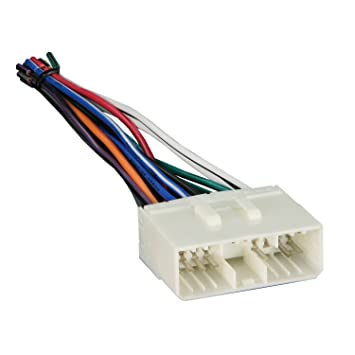 61qpFB0ErCL._SY355_ amazon com metra 70 8405 radio wiring harness for gm suzuki gm wiring harness at gsmx.co
