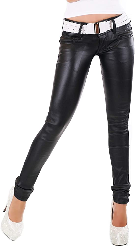 Pantalones vaqueros negros con cinturón, aspecto mojado ...