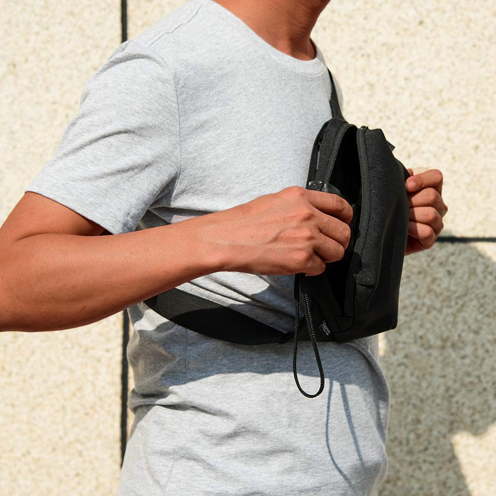 FREETOO Fanny Pack Waist Pack Bag for Men and Women Lightweight Belt Bags with Adjustable Strap for Outdoors Traveling Hiking Cycling