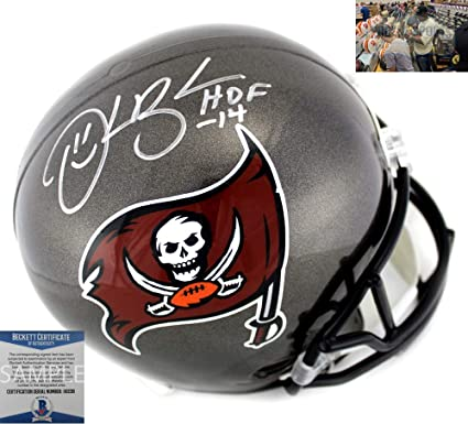 6c04e97e Amazon.com: Derrick Brooks Signed Tampa Bay Buccaneers Riddell NFL ...