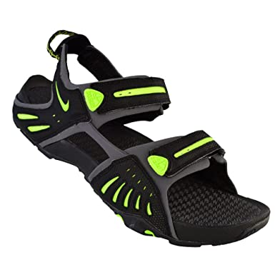 5969d089a0c Amazon.com | Nike Sandals Mens Santiam 4 Black | Sport Sandals & Slides