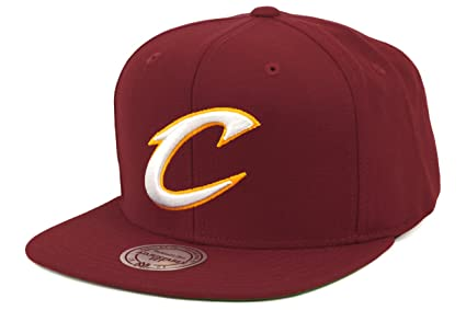 92774c19072 Mitchell   Ness Men s Cleveland Cavaliers Wool Solid Snapback One Size  Maroon