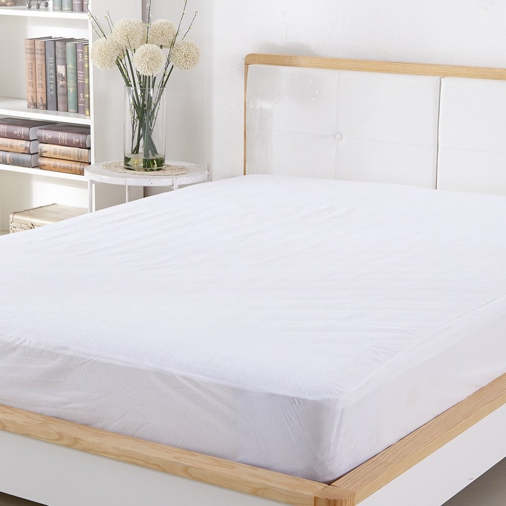Mattress Protector FDA Registered 100% Waterproof Hypoallergenic King Size, Dust Mite Protection, Breathable and Machine Washable, Vinyl Free