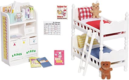 Amazon Com Calico Critters Deluxe Children S Bedroom Set Toys