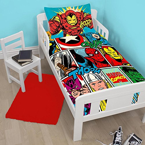 Marvel Comics Strike Junior/Toddler Duvet Cover and Pillowcase Set (Spider Man Toddler Bedding)