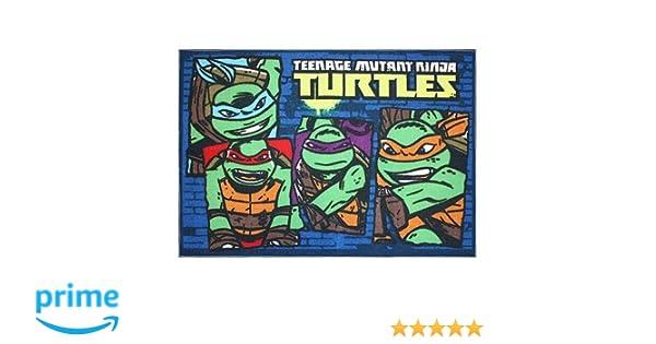 Teenage Mutant Ninja Turtles Team Turtles Rug - 31 1/2 x 44