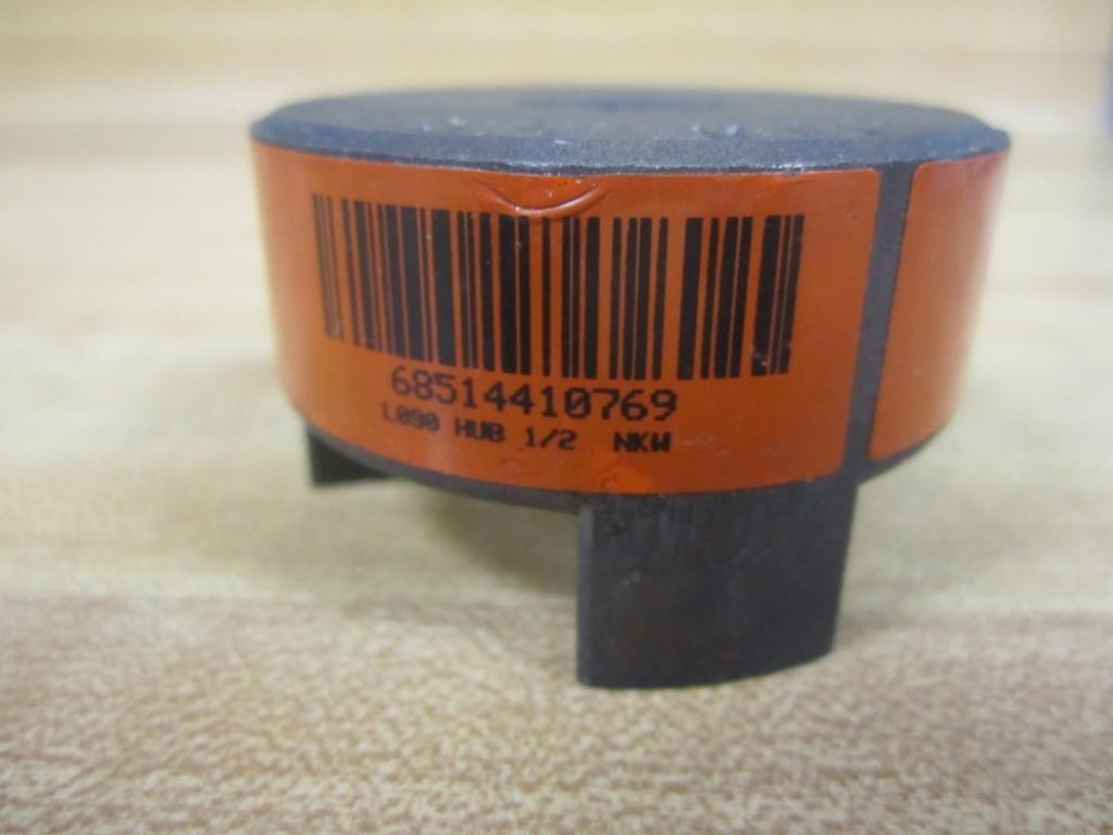 New No Box Lovejoy L-090 .500 Coupling L090 1//2 Bore