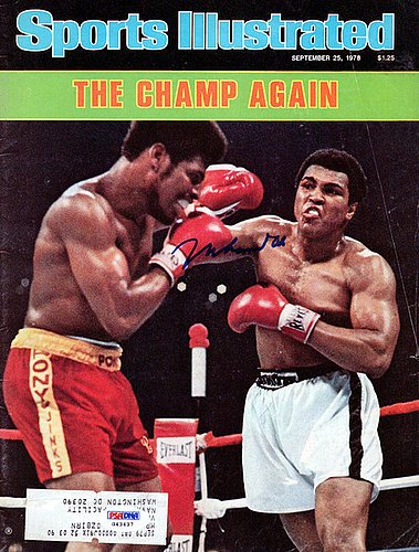 Vintage Boxing Memorabilia - Muhammad Ali Signed Sports Illustrated Magazine Gem Mint 10 Cover Vintage - PSA/DNA Authentication - Boxing Memorabilia
