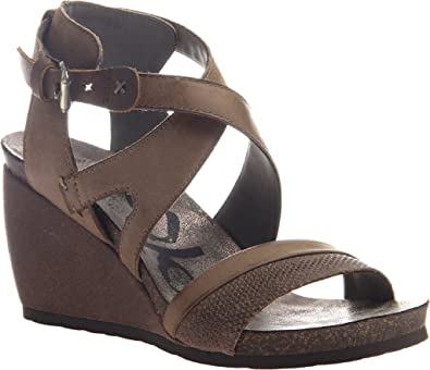 9f4bdfb8ee3 OTBT Women s Freedom Strappy Wedge Sandal