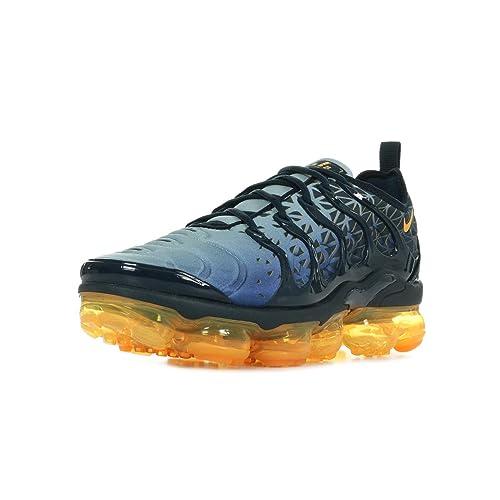6e066be3 Nike Air Vapormax Plus, Zapatillas de Atletismo para Hombre: Amazon.es:  Zapatos y complementos