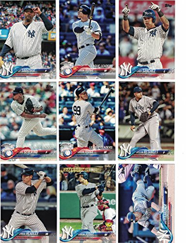 New York Yankees/Complete 2018 Topps Series 1 & 2 Baseball 32 Card Team Set! Includes 25 bonus Yankees Cards!