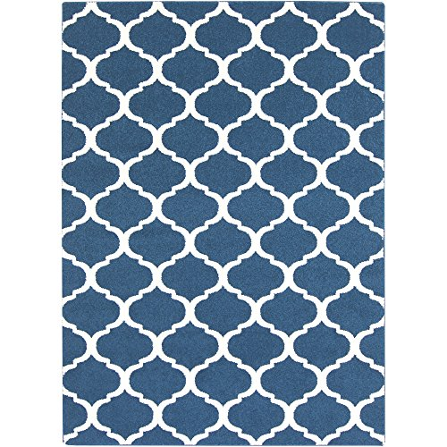 - Brooke Cobalt and White Transitional Area Rug 5'3