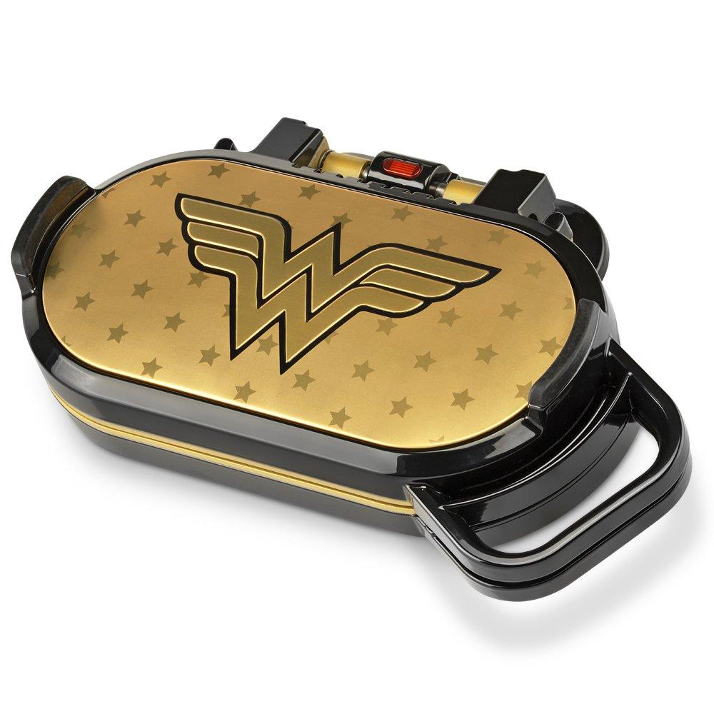 DC Wonder Woman DCW-300CN Pancake Maker