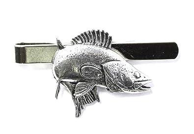 Corbata de peces es gigante Lucioperca carcasa rígida (slide) en ...