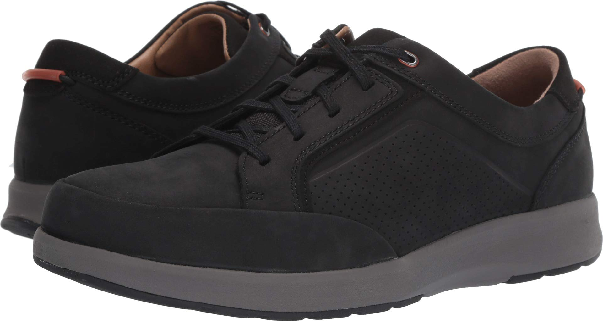 CLARKS Men's, Un Trail Form Casual Black Nubuck 8 W by CLARKS
