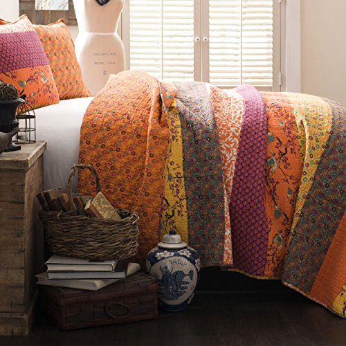 King Size Bedding Collection Quilt Set in Tangerine Floral Design - 3 Piece