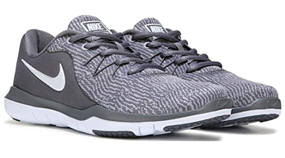 9a70842b169 Nike Womens Flex Supreme tr 6 Low Top Lace Up Running Sneaker  Nike   Amazon.ca  Shoes   Handbags