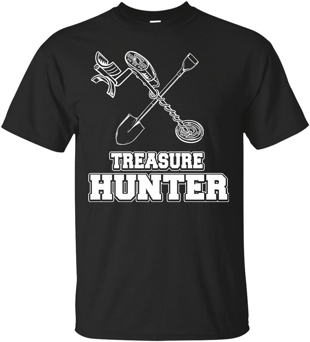 Treasure Hunters Metal Detector Hunting Gear Tracker T-Shirt