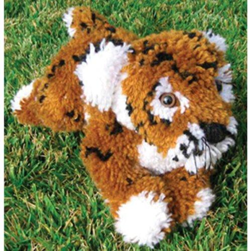 (MCG Textiles Huggables Animal Tiger Latch Hook)
