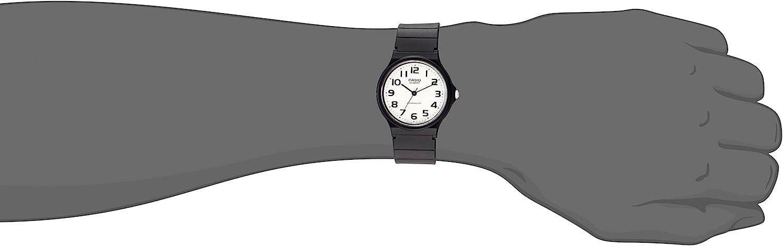 Casio Reloj clásico de cuarzo para hombre con correa de resina, negro, 20 (modelo: EAW-MQ-24-7B2)