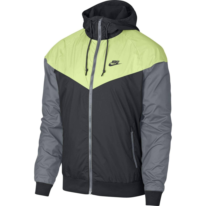 953fa27e99e Men s Nike Sportswear Windrunner Jacket at Amazon Men s Clothing store
