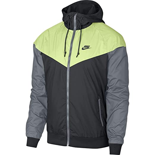 Amazon.com  Men s Nike Sportswear Windrunner Jacket  NIKE  Sports ... 4caf6b8433a1