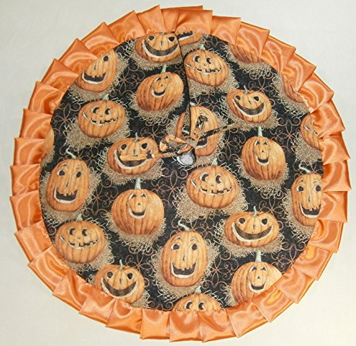 Arkansewn Small Halloween Tabletop Tree Skirt, 24