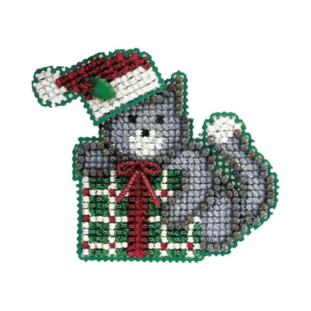 Kitty's Gift Beaded Counted Cross Stitch Christmas Ornament Kit Mill Hill 2006 Winter Holiday MH18-6305 Wichelt MH186305