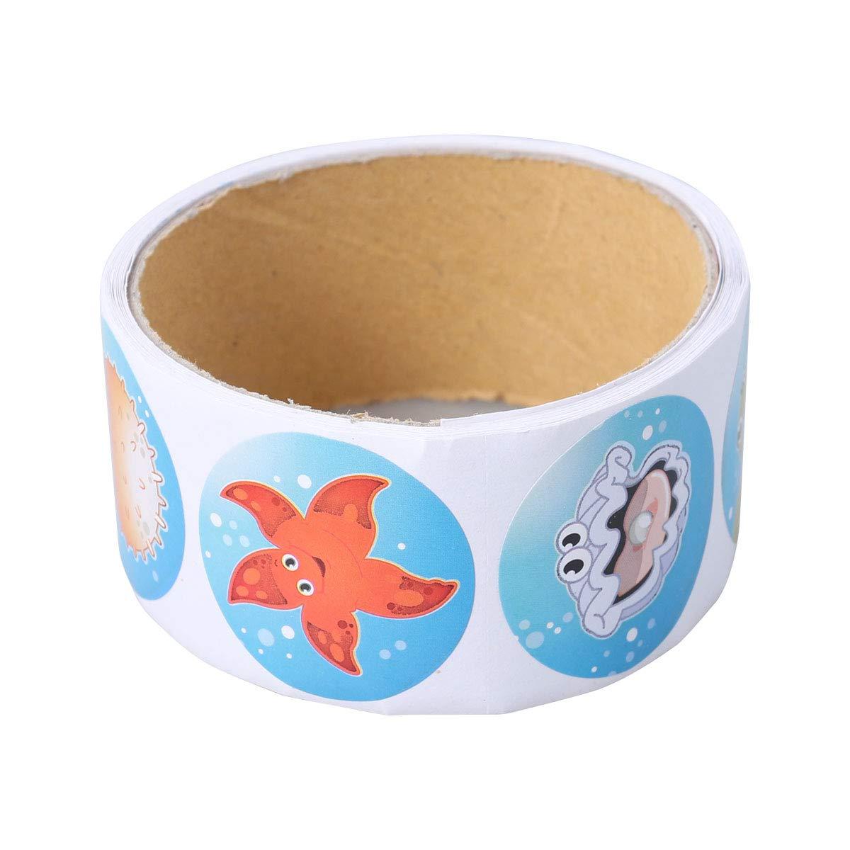 YeahiBaby 3.8 CM Fish Colorful Sticker Rollo de Dibujos Animados Peces Tropicales Pegatinas de Pared Calcomanías para Niños Fiesta de Cumpleaños Decoración de Regalo