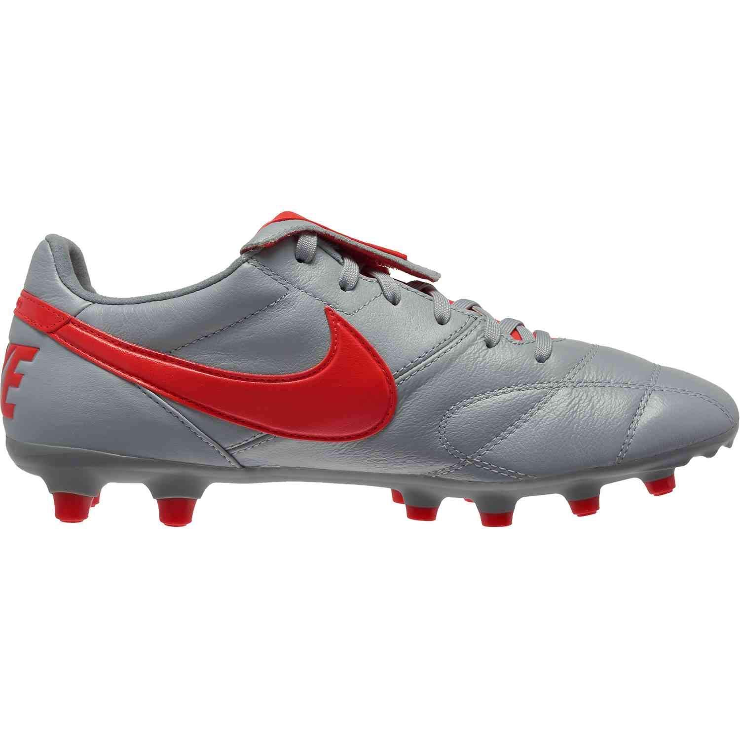 785b16e367f7 Amazon.com | Nike Mens The Premier Soccer Cleat | Soccer