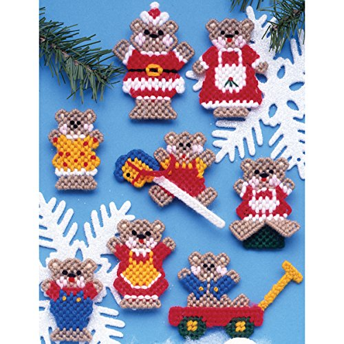 Ornaments Canvas Plastic (Tobin 1218 Christmas Teddy Bears Ornaments Plastic Canvas Kit, 7 Count)