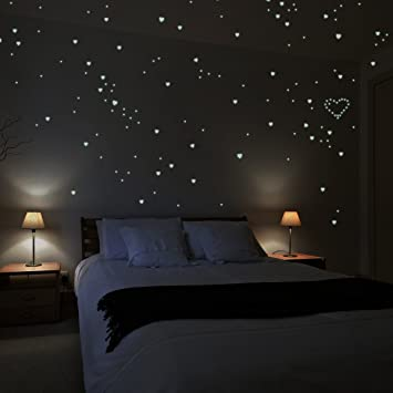 Wandkings® Wall Stickers A Night Lit Up With 250 Hearts Glow In The