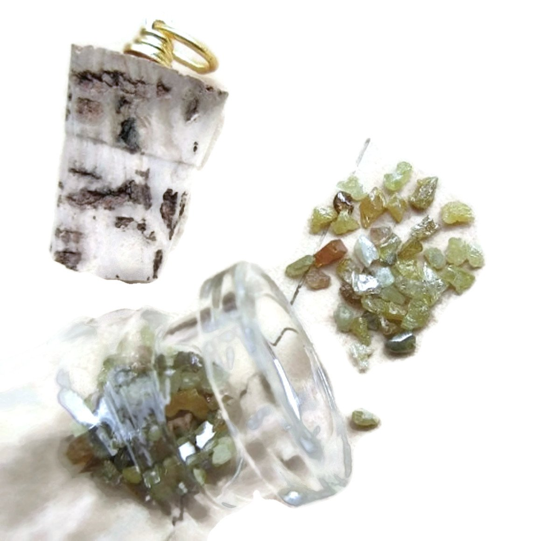 10 Carat Yellow Raw Uncut Diamond Chips, Bottle Jewelry, Rough Diamond Pendant, Glass Vial Pendant, 2-3mm