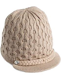 dc361671 Calvin Klein Women's Textured Lurex Cabbie HAT, Black, O/S at Amazon ...