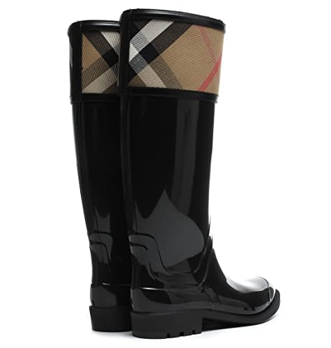 1b22c3c5b6ce Burberry Crosshill Black 2 Women s Pull-on Boots  Amazon.ca  Shoes    Handbags